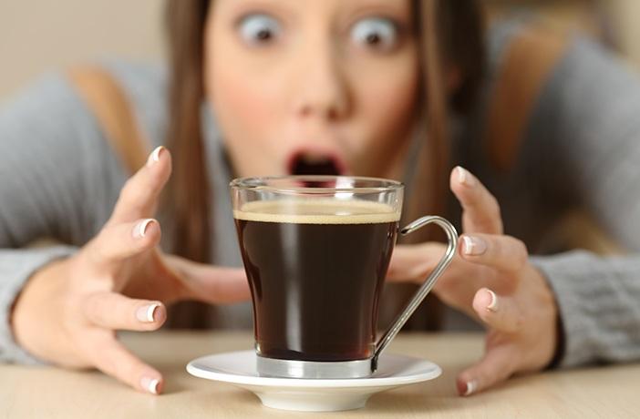 ¡cómo dejar el café sin morir en el intento!