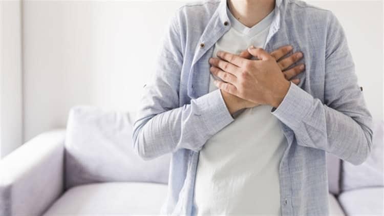 Dormir las horas necesarias ayudan a tu corazón
