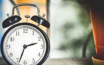 reloj con el cambio de horario