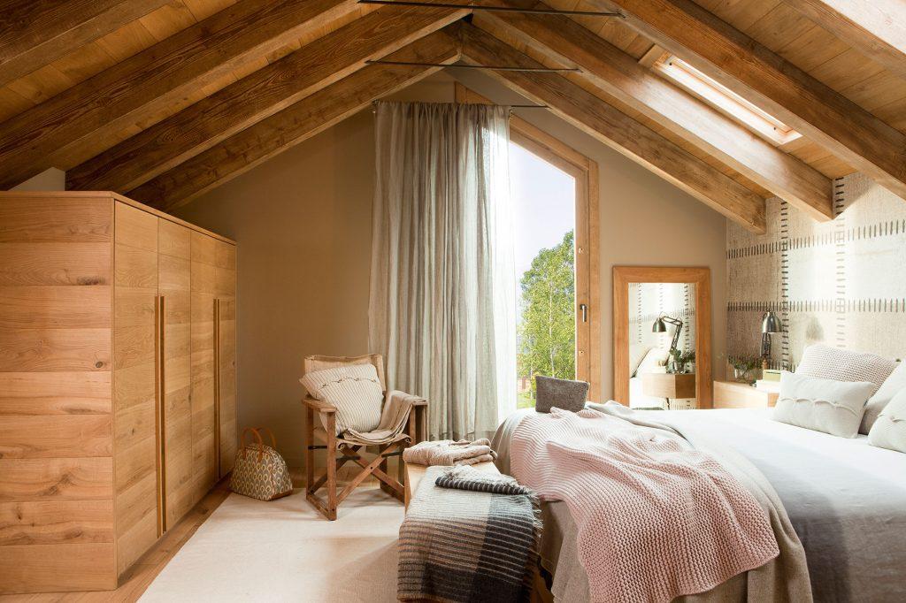 casa con madera dura y resistente