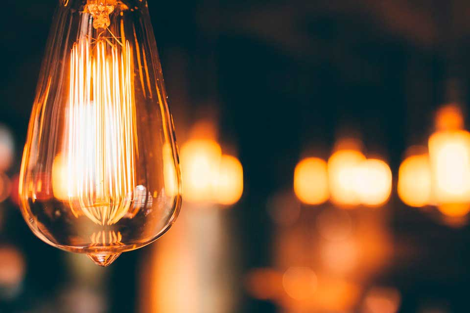 luces cálidas y regulables